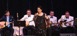 Mersin'de Türk Halk Müziği Konseri