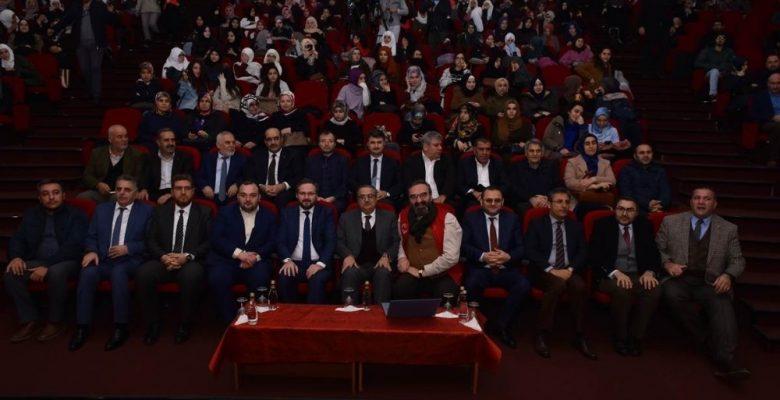 Vali Su, La Tahzen 'Üzülme' temalı konferansa katıldı