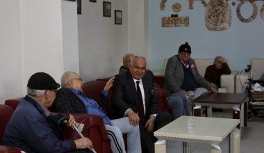 Başkan Tollu, huzurevi sakinleriyle bir araya geldi