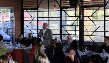 Başkan Tollu, Türkülerin Dansı topluluğu ile bir araya geldi