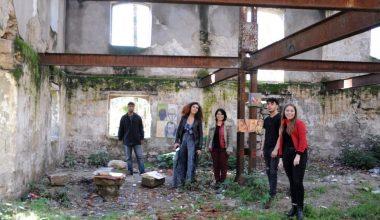MEÜ öğretim üyelerinden eski yağ fabrikasında resim sergisi