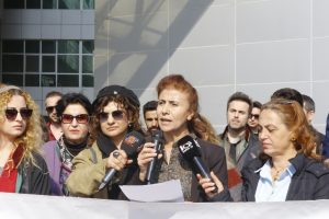Mersin Barosu'ndan kadın cinayetlerine tepki