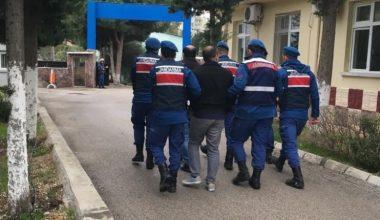 Mersinde aranan 52 kişi yakalandı