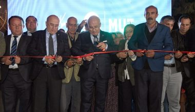 Başkan Kocamaz, Mut'ta toplu açılış törenlerine katıldı