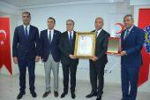 Kızılay'dan Mersin Emniyet Müdürlüğüne madalya