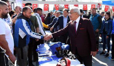 Mersin Büyükşehir Belediyesi'nden salon sporlarına destek