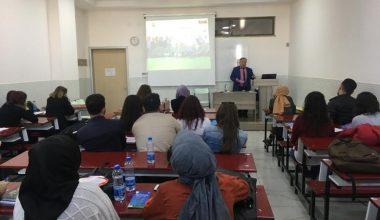 Üniversite öğrencilerine 'çocuk işçiliği ve çocuk hakları eğitimi' verildi