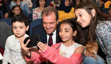 Başkan Seçer, Çocuk Festivali'nde çocuklarla bayram coşkusu yaşadı