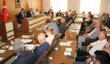 Erdemli Belediye Meclisi yeni dönemin ilk toplantısını yaptı