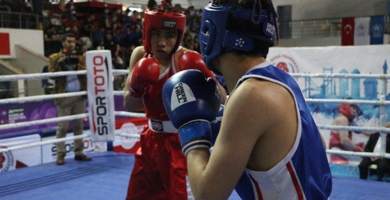 Genç Erkekler Türkiye Ferdi Boks Şampiyonası Mersin'de başladı