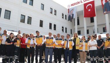 Mersin'de 8 yeni ambulans göreve başladı