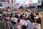 Mezitlililer ilk iftarını Başkan Tarhan'la birlikte açtı