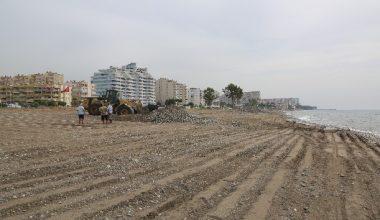 Erdemli'de sahiller yaza hazır