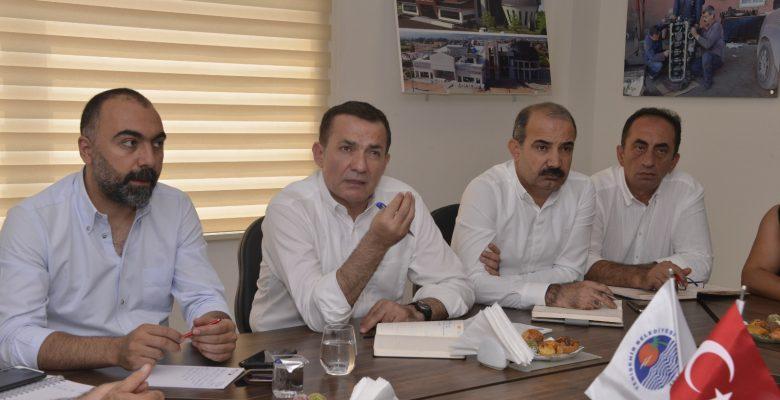 Yenişehir'de Müdürler Sokağa İniyor
