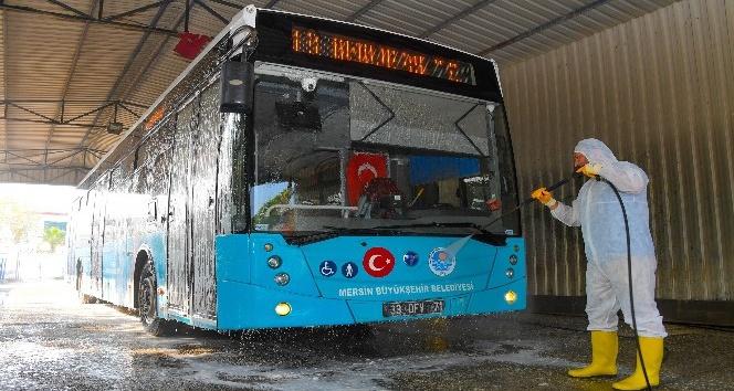 Belediye otobüslerinde bayram temizliği yapıldı