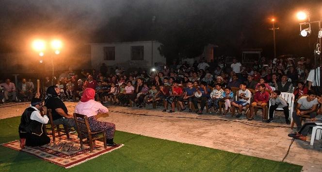 Mersin'de 'köy seyirlik' oyunları devam ediyor