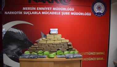 Muz yüklü gemide 83 kilogram kokain ele geçirdi