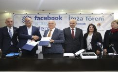 Mersin'de Facebook İstasyonu için imzalar atıldı