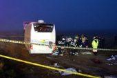 Yolcu otobüsü Aksaray da kaza yaptı: 1 ölü 9'u ağır 45 yaralı