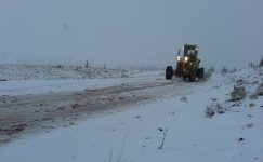 Toroslar'a  mevsimin ilk karı düştü.