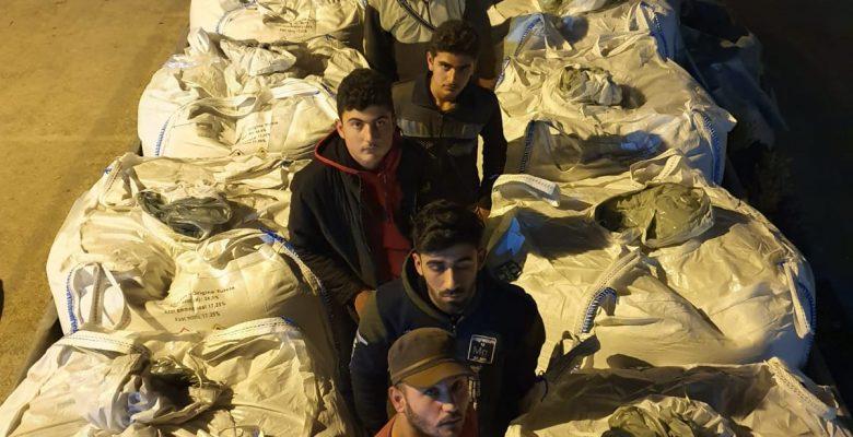 Göçmen kaçakçılığında 13 Şüpheli Tutuklandı