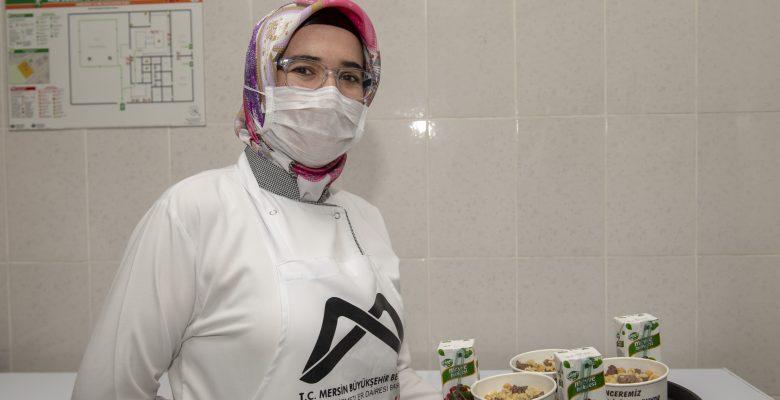 Ücretsiz olarak ulaştırılan yemek hizmeti 200 bin kişiyi aştı