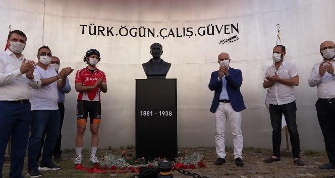 Çamlıbel'e yeni Atatürk büstü