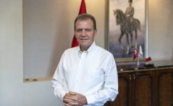 Başkan Seçer, Askıda Fatura Kampanyasına Bir Maaşıyla Katıldı
