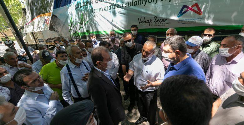 Mersin'de üreticilere 60 kilometre sulama borusu desteği