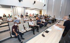 Mezitli Belediyesi, yaz döneminde yapacağı yatırımları muhtarlarla birlikte planladı