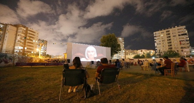 Yazlık sinemada aşk filmleri haftası