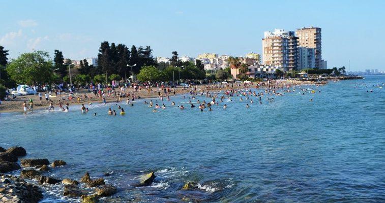 'Denize girerken de sosyal mesafeye uyalım'