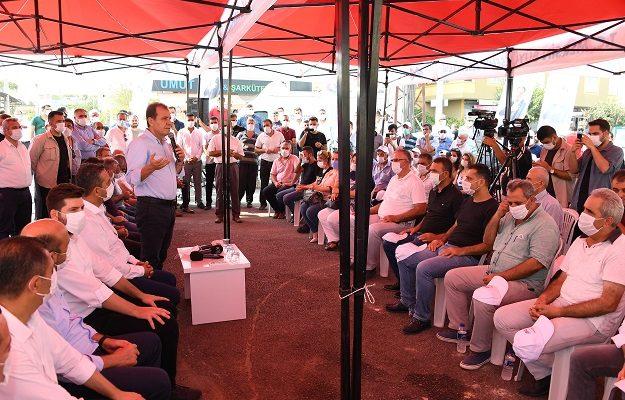 Başkan Seçer, Tarsus'ta vatandaşlarla buluştu