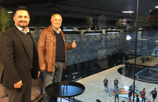 Başkan Kızıltan, Çukurova Basketbol Kulübünü ziyaret etti