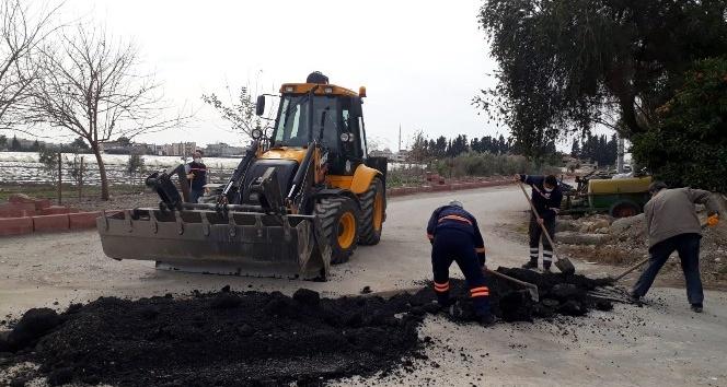 Akdeniz Belediyesi ilçede yenileme çalışmaları yapıyor