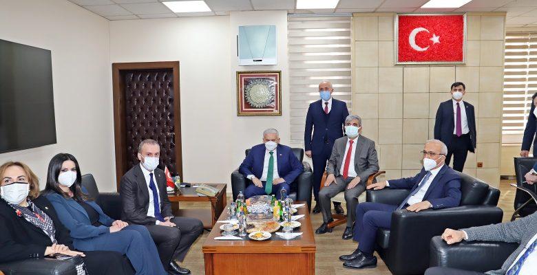 Lütfi Elvan ve Binali Yıldırım Başkan Gültak'ı Ziyaret etti