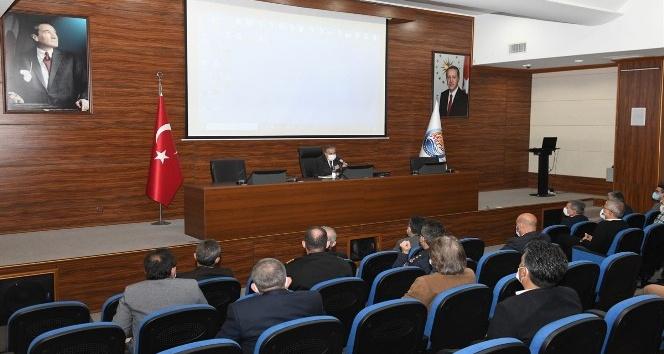 Mersin'de pandemi  toplantısı