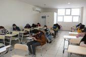 Erdemli Belediyesi Kurs Merkezi, lise hazırlık kayıt sınavını yaptı