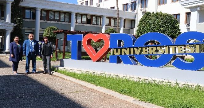 Toros Üniversitesinde online eğitimler sürüyor