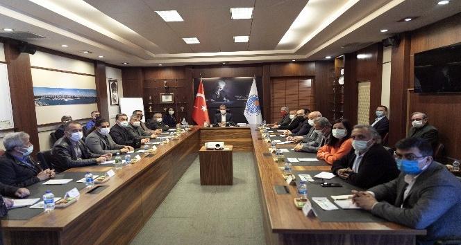Başkan Seçer, sendika temsilcilerini dinledi