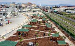9,5 dönüm büyüklüğündeki park ve yeşil alan çalışmaları sürüyor