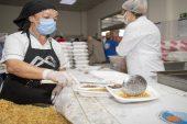 Ramazan'da 10 Bin kişiye iftar yemeği