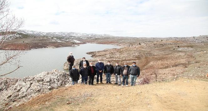 Mezitli Belediyesinden üreticiye sulama suyu desteği