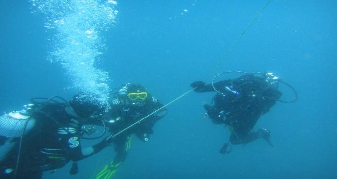 İtfaiye ekiplerine su altı ve üstü arama kurtarma eğitimi verildi