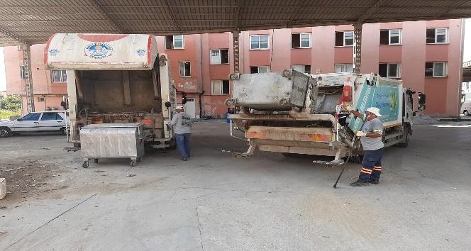 Akdeniz'de günlük 400 ton çöp toplanıp şehirden çıkarılıyor