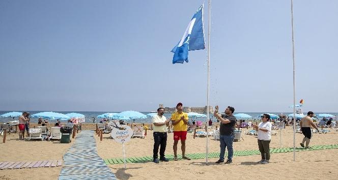 Kızkalesi Halk Plajı bu yıl da 'Mavi Bayrak' aldı
