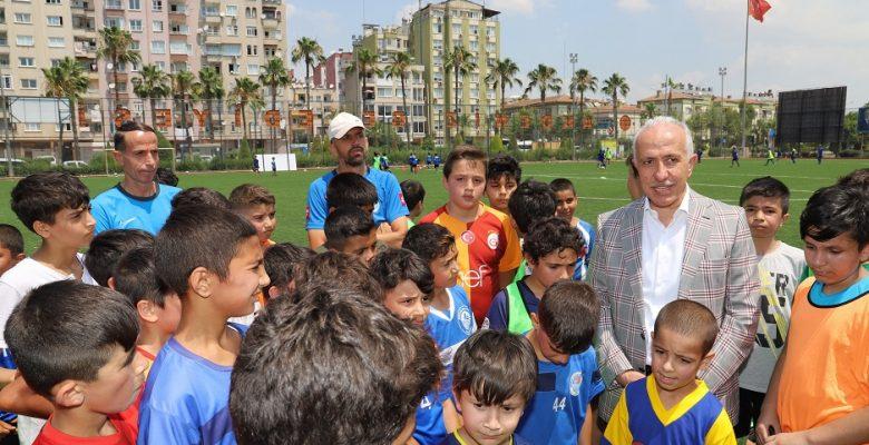 Akdeniz Belediyesi Yaz Spor Okulu Açılıyor