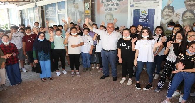 Erdemli Belediyesi Kurs Merkezi, başarısı ile dikkat çekti