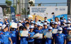 Akdeniz Belediyesi Yaz Futbol Okulu Sertifika Töreni Gerçekleşti