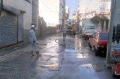 Ekipler, su basan evlerde yağmur suyu tahliye çalışması yaptı